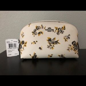NWT Coach Chalk Prairie Cosmetic Case 17